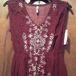 Xhiliration burgundy tribal print lace maxi dress
